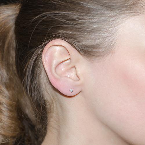 Золотая серьга-пуссета в одно ухо Светлый миг 000023040