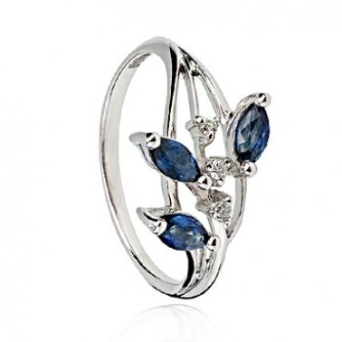 Кольцо из белого золота с сапфирами и бриллиантами Амандин 000030339