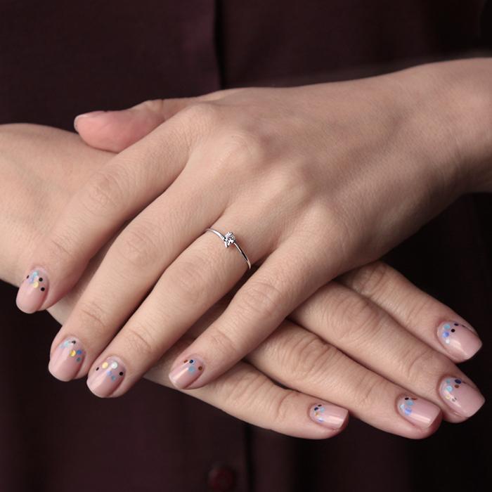 Золотое кольцо Эдельвейс в белом цвете с кристаллом Swarovski 000064211