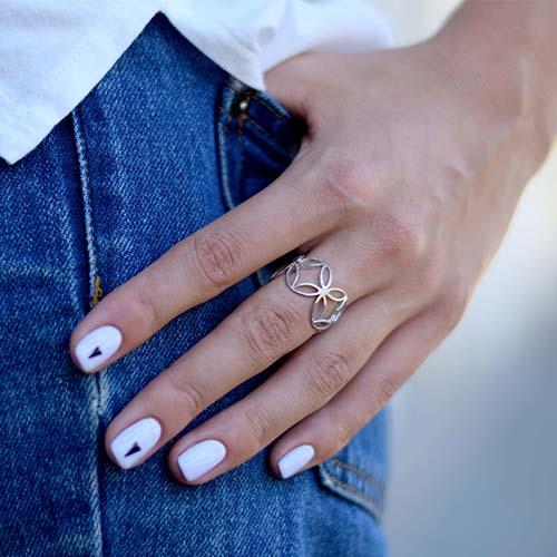 Серебряное кольцо Pattern с белым цирконием 000029267