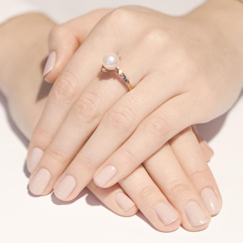 Кольцо из красного золота с жемчужиной и фианитами 000005284 000005284