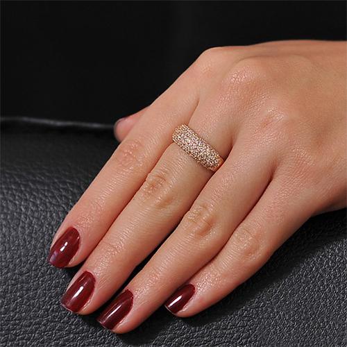 Золотое кольцо Блик в красном цвете с фианитами EDM--КД0292