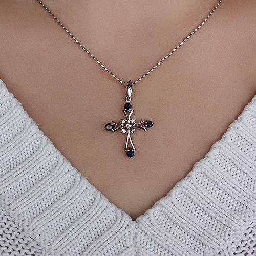 Серебряный крестик с сапфирами и бриллиантами 000022241 ZMX--PDS-6486-Ag_K