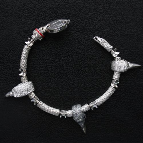 Серебряный браслет для шармов Зоркий орел с чёрными фианитами 000035858