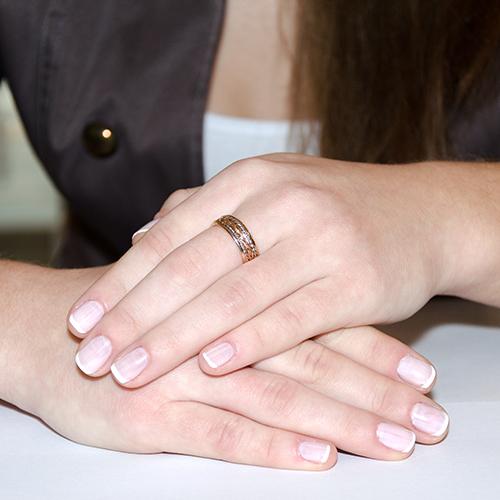 Золотое обручальное кольцо Предложение в комбинированном цвете с косичкой 000005245