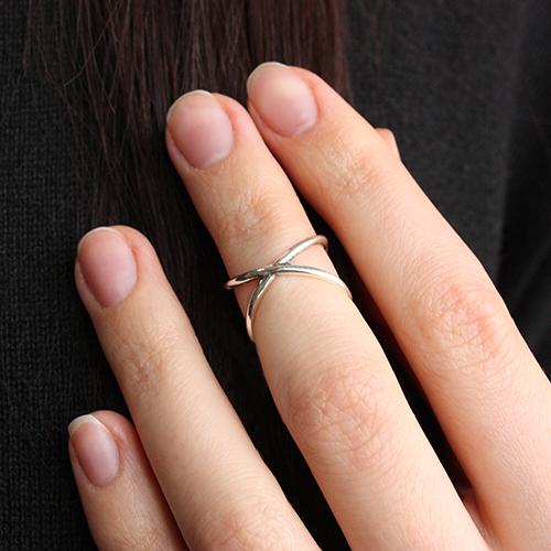 Серебряное кольцо на фалангу пальца Бесконечность 01185