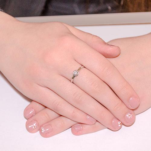 Кольцо из белого золота с цирконием Swarovski 000010271 000010271