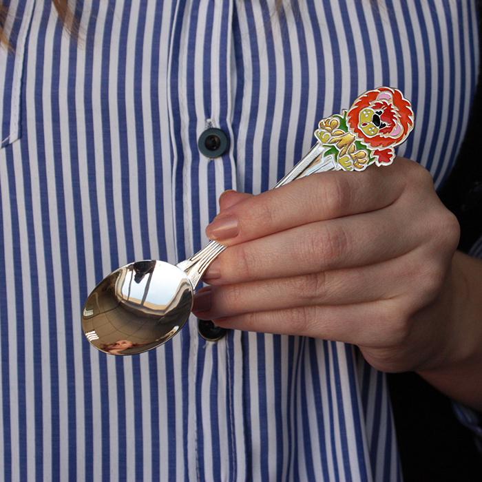 Детская серебряная ложка Львёнок с разноцветной эмалью 000068418