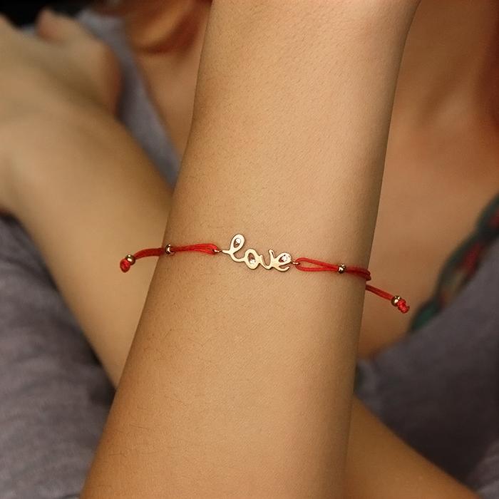 Шелковый браслет Love с золотой вставкой-надписью и цирконием 000054032