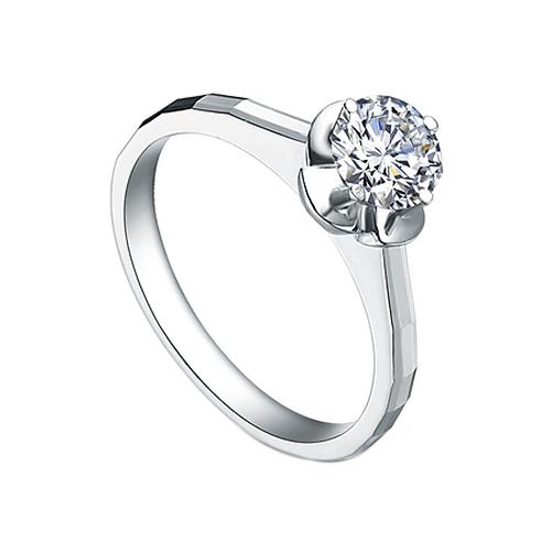 Помолвочное кольцо в белом золоте Фиалка с граненой шинкой и бриллиантом 0,17ct 000070573