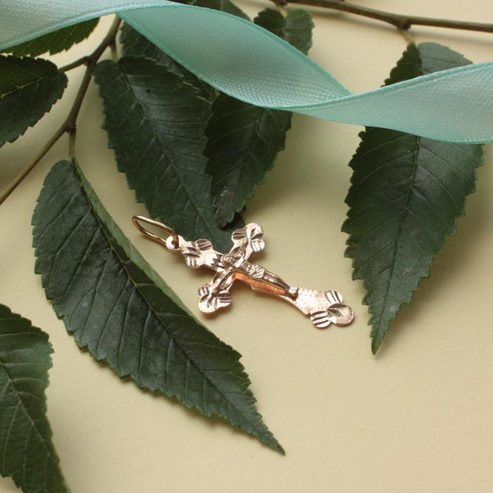 Крестик из красного золота с насечкой 000071100 000071100