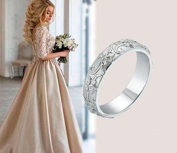 Золотое обручальное кольцо в белом цвете металла