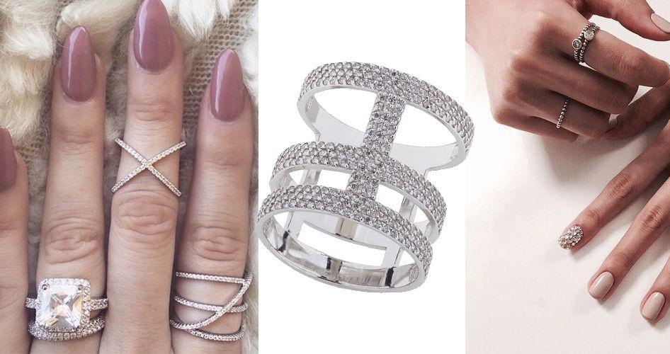 кольца под бежевый маникюр