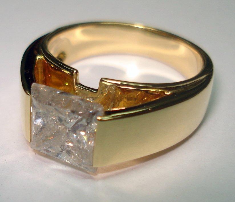 Мужское кольцо с бриллиантом от Френсиса Барта