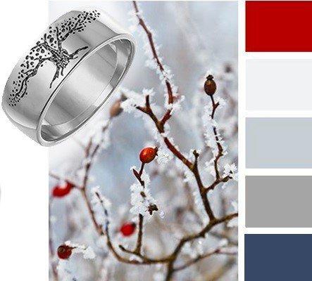 Модное широкое серебряное кольццо