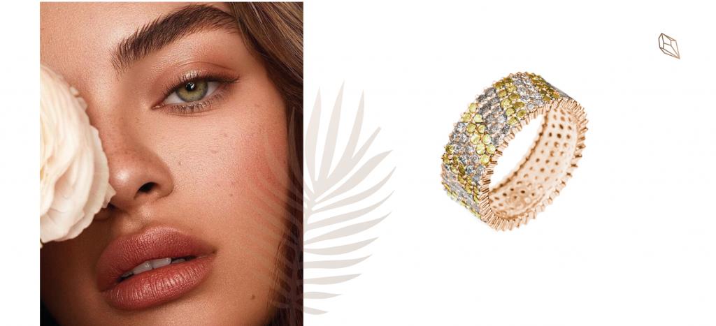 Золотое кольцо в бриллиантовой усыпке