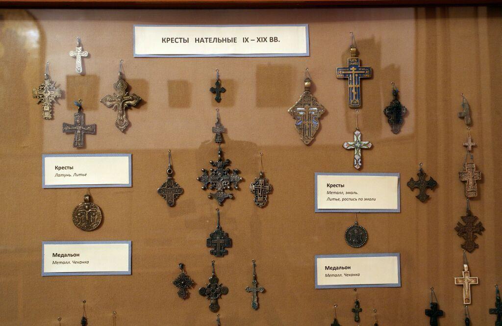 Исторические модели нательные крестики