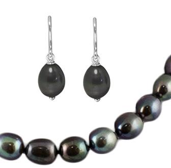 Набор с ожерельем с черным жемчугом