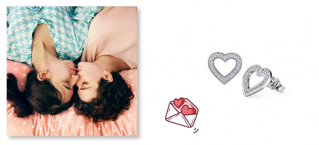 Сережки-пуссеты в форме сердечек