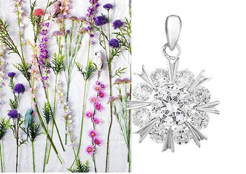 Кулон в белом цвете металла