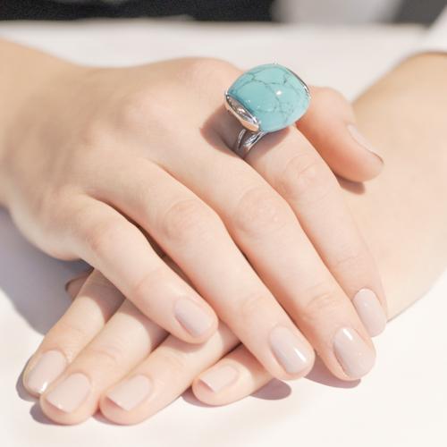 Кольцо серебряное от бренда Аврора