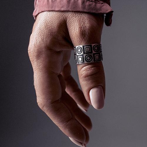 Кольцо из серебра Words с чернением