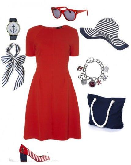 Красное платье и аксессуары в морском стиле