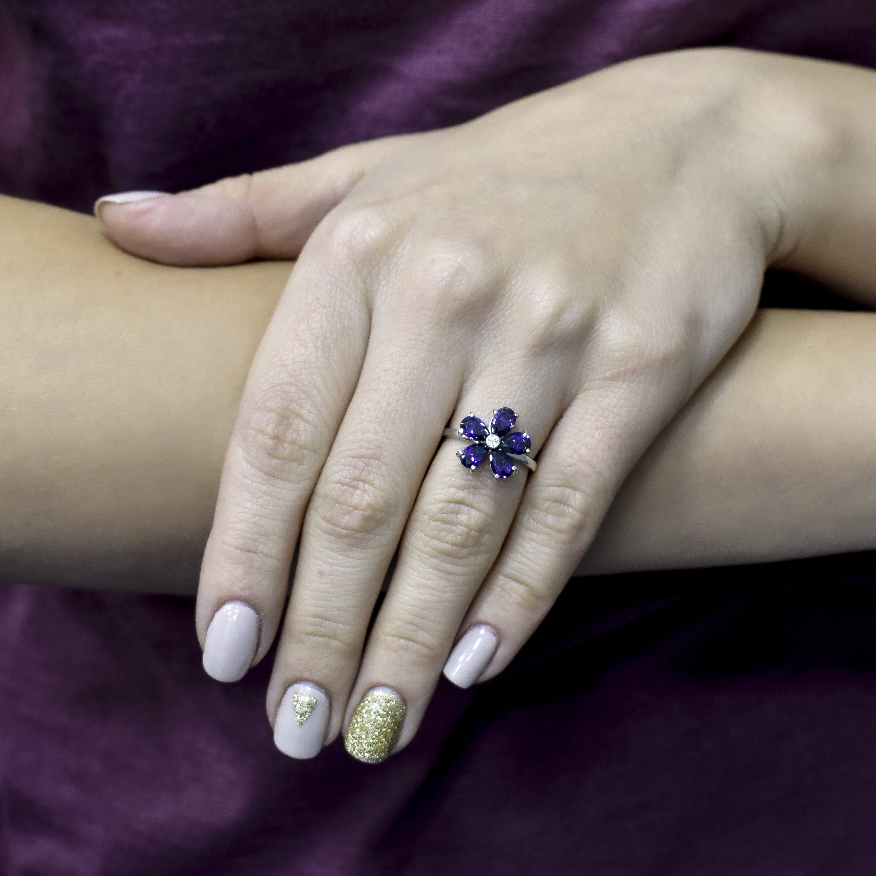 Серебряное кольцо Нина с фианитами