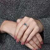 Серебряное кольцо Флавия с лондон топазом и фианитами