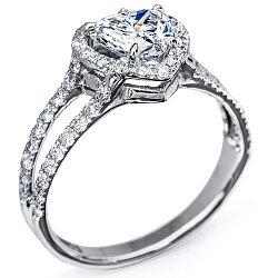 Золотое кольцо Признание с бриллиантами