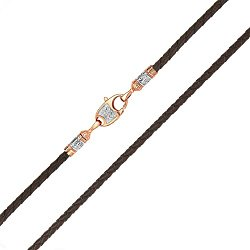 Кожаный шнурок в коричневом цвете со вставками из красного золота с родированием 000142359