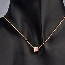 Золотой шарм-кулон Яркий куб с розовыми фианитами