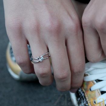 Серебряное кольцо Rattle Rattle