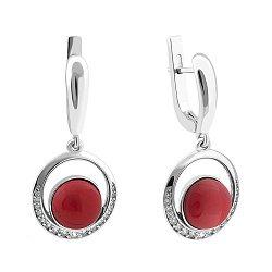 Серебряные родированные серьги-подвески с имитацией красной яшмы и фианитами 000119089