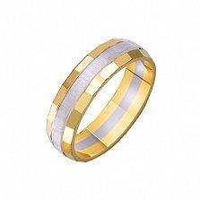 Золотое обручальное кольцо Театр с насечкой в комбинированном цвете