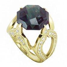 Золотой перстень Королевская рать с узорным кастом, синтезированным александритом и фианитами