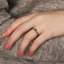 Золотое кольцо Миледи в белом цвете с изумрудом и бриллиантами