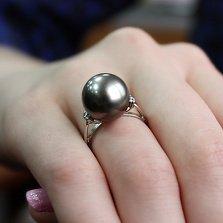 Платиновое кольцо Паскаль с бриллиантами и жемчугом