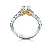 Золотое кольцо с топазом и бриллиантами Лилу