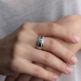 Серебряное кольцо с фианитами и золотой вставкой Ювента