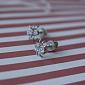Серебряные сережки-пуссеты с фианитами Паучки HUF--2084-Р