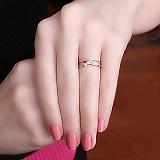 Кольцо из красного золота Бесконечность с бриллиантами