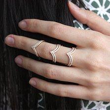 Золотое кольцо в красном цвете с фианитами Джамала