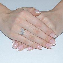 Кольцо в белом золоте Парящая бабочка с фианитами