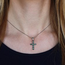 Серебряный крест Счастье с зелеными кварцами