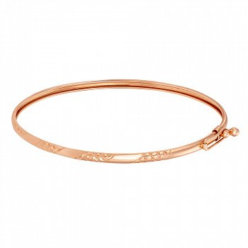 Жесткий золотой браслет с узорной алмазной гранью 000101599