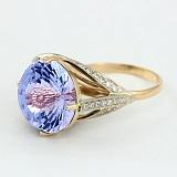 Золотое кольцо с топазом и фианитами Деметрия