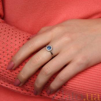 Кольцо в белом золоте Новые впечатления с сапфиром и бриллиантами 000043326