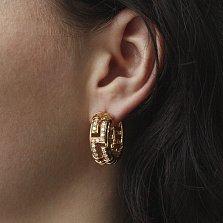 Золотые серьги-кольца Клео в желтом цвете с геометрическими элементами и бриллиантами