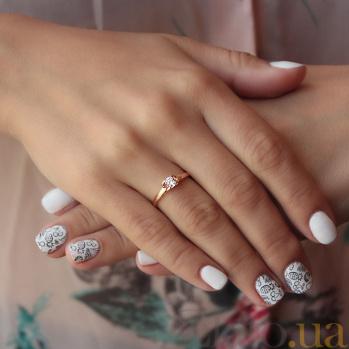 Золотое кольцо Совершенство в красном цвете с фианитом 000070738